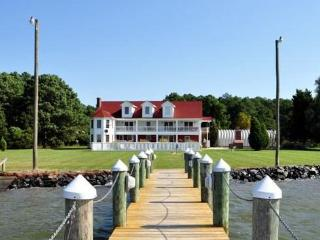 Year Round Waterfront Estate for Family Reunions - Chesapeake Bay vacation rentals