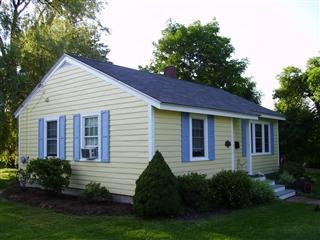 Furnished Cottage in Camden near ocean & downtown. - Camden vacation rentals