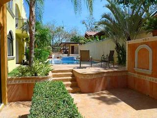 Wonderful 2BR condo in a small complex - just a minute's walk to the beach - Tamarindo vacation rentals