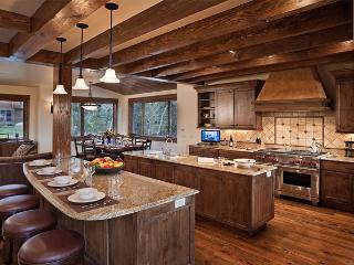 Sun Ridge Lodge - Spectacular & Fully Loaded! - Steamboat Springs vacation rentals