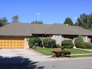 7 bdrm 5 bath home in Sandy Near Snowbird and Alta - Sandy vacation rentals