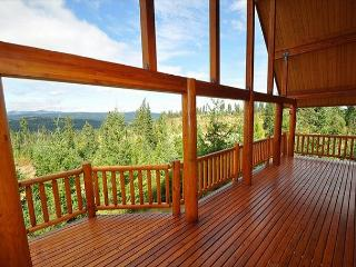 Million Dollar Views at Alpine Lodge on 6+ Private Acres! Summer Specials!! - Cle Elum vacation rentals