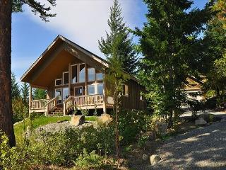 Cozy, New Cabin in Roslyn Ridge!  Walk to the Pool! Get FREE Nights!! - Cle Elum vacation rentals