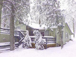 Getaway Chalet - Big Bear and Inland Empire vacation rentals