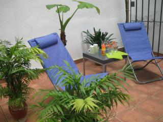 Tranquil with private patio in the heart of Jerez! - Costa de la Luz vacation rentals