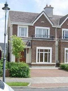 Your Home away from Home - LUXURIOUS LARGE HOUSE IN GALWAY CITY IRELAND - Galway - rentals