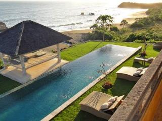 4 Magnificent Luxury Villas on Beach 1/2/4 and 6BR - Tabanan vacation rentals
