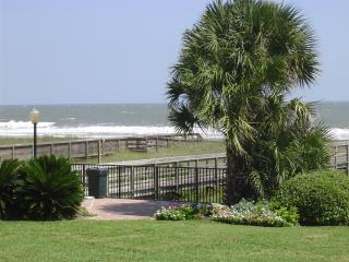 Atlantis on Amelia Oceanfront Condo-just remodeled - Amelia Island vacation rentals