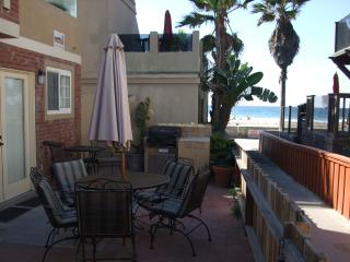Almost Waterfront Beach house 20 feet to sand/surf - Mission Beach vacation rentals