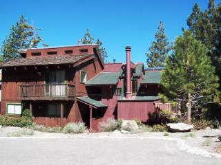 Super Condo with 3 Bedroom & 4 Bathroom in Stateline (HNC0870) - Nevada vacation rentals