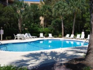 Pool - C-8 Xanadu - Forest Beach - rentals