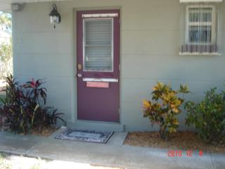 Indian Beach Suite NW SRQ- 1/1 Summer Deal - Sarasota vacation rentals