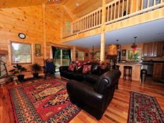Log Cabin - 3 bedrooms, 3 bathrooms + Loft - Lake Placid vacation rentals