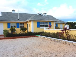 Gracemir House- Large 2 bedroom, sleeps 4-8 - Grace Bay vacation rentals