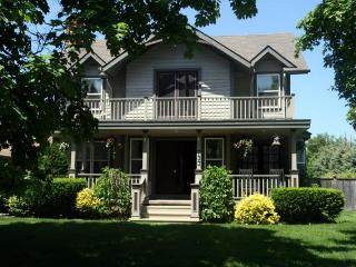 The Homestead- Luxury 4 Bedrm Vacation Home w Pool - Ontario vacation rentals