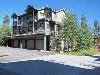 Twin Elks Lodge 3BD/3BA Unit D16 Centrally Located - Breckenridge vacation rentals