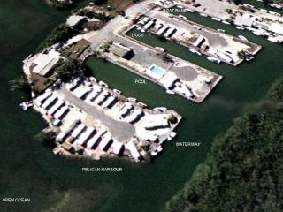 PELICAN HARBOUR -Ocean Front, Dock & Private Beach - Key Largo vacation rentals