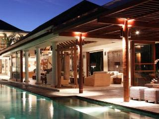 Sarasvati - A luxurious villa in the heart of Bali - Canggu vacation rentals