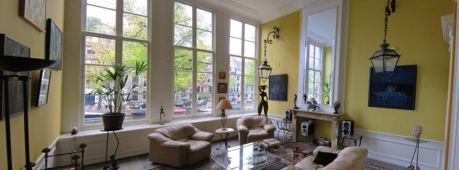 Top floor flat in city center - modern & clean - Image 1 - Amsterdam - rentals