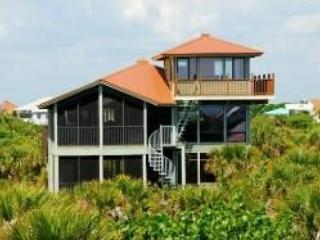 Crew's Nest - Luxury, pool, hot tub - Sleeps 10 - North Captiva Island vacation rentals