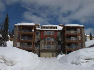 Great 2 Bedroom/2 Bathroom Condo in Big White (#101 - 5050 Snowbird Way SNWBD101) - Big White vacation rentals