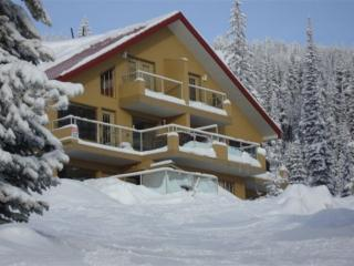 Born to Run #4 BORN2RN4 - British Columbia Mountains vacation rentals