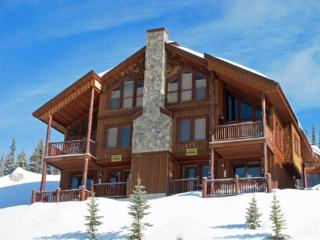 Wolfs Den WOLFSDEN - Big White vacation rentals