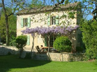La Maison du Meunier -at the Moulin de la Roque - Bouches-du-Rhone vacation rentals