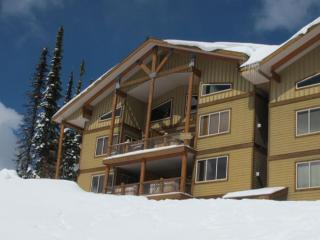 Great Condo with 3 Bedroom-3 Bathroom in Big White (#11 - 205 Raven Ridge Rd. SNWYCK11) - Big White vacation rentals