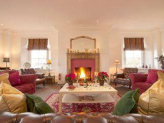 Alexander House - 8 Bedroom House Near Gleneagles - Edinburgh vacation rentals