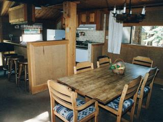 Charming 3 BR, 2 BA House in Lake Tahoe (032) - Lake Tahoe vacation rentals