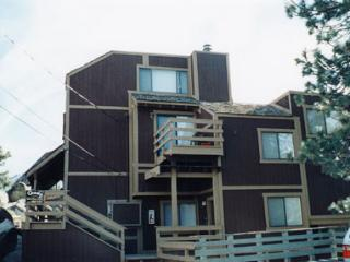 Ideal House with 2 Bedroom & 2 Bathroom in Lake Tahoe (041) - Lake Tahoe vacation rentals