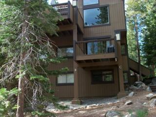 Super House with 3 Bedroom & 2 Bathroom in Lake Tahoe (Lake Tahoe 3 BR/2 BA House (073b)) - Lake Tahoe vacation rentals