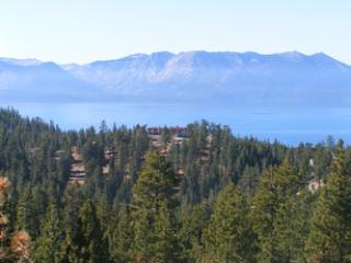 Fabulous House with 2 Bedroom-2 Bathroom in Lake Tahoe (235a) - Lake Tahoe vacation rentals