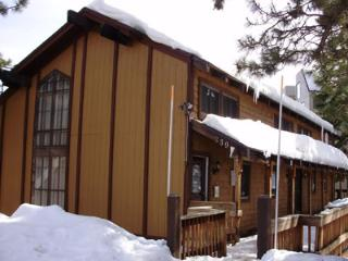 Picturesque House with 2 BR/2 BA in Lake Tahoe (339) - Lake Tahoe vacation rentals