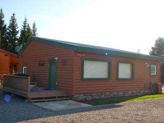 Cabins West - Tanner's Flat Cabin - West Yellowstone vacation rentals