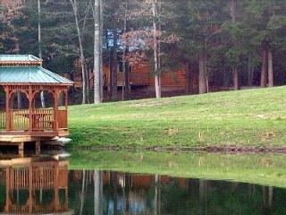 Lazy Days Cabin/ private and romantic free fishing - Monterey vacation rentals