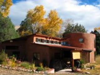 Casa Ambrosia: Mountain Views in Beautiful Valley - New Mexico vacation rentals