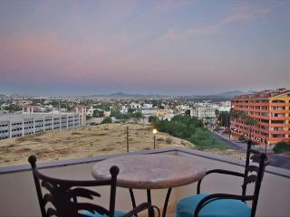OMB 9C - Contemporary 2 bdrms, 2 baths close the best swimming beach in Cabo. - Cabo San Lucas vacation rentals