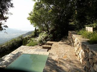 Sant Antonino , Corsica - World vacation rentals