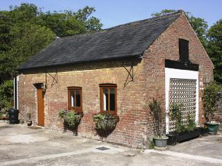 THE OLD DAIRY, with a garden in Herne, Ref 3975 - Kent vacation rentals