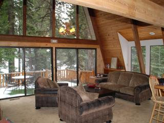 Incline Village Lake Tahoe Creekside Home 16+ WiFi - Incline Village vacation rentals
