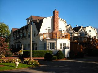 Harwich Port Luxury Penthouse with Loft and Cupola - Harwich Port vacation rentals