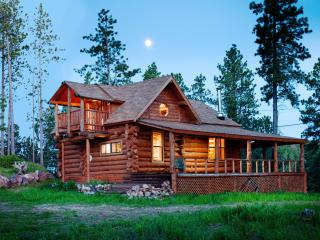 Mountain Crest - Unique, Hand-Hewn Log Cabin Views - South Dakota vacation rentals