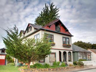 3105 - Huge Updated Victorian, Perfect for Large Groups! - Pacific Grove vacation rentals