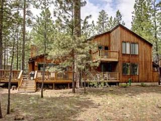 THE COOP @ BLACK BUTTE RANCH - Prime July 7-14 week available. Close to Glaze Meadow and South Meadow pools, 3 bdrm. sleeps 8. W - Sisters vacation rentals