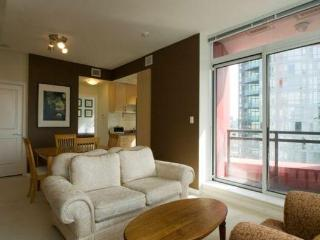 Ritz in Coal Harbour 2 Bdrm - Vancouver vacation rentals