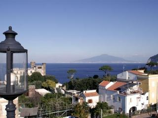 Sorrento, Simple Apartment near a Wonderful Sea - Massa Lubrense vacation rentals