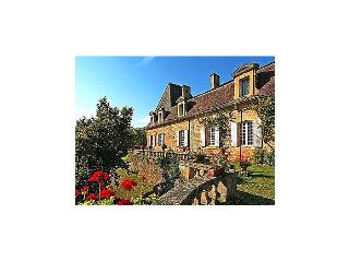 Chateau De Viresco - Cadouin vacation rentals