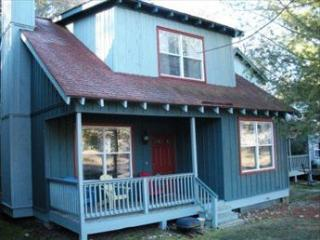 Gorgeous House with 3 BR/2 BA in Flat Rock (Blue Iris 99152) - Flat Rock vacation rentals